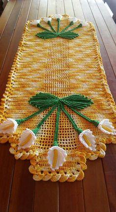 Lily Crochet Doily - Peace Lily - Lace Doily - Spring Decor - Farmhouse Decor - Handmade Doilies - Vintage Home Decor - Wedding Gift Crochet Flower Tutorial, Crochet Flower Patterns, Crochet Flowers, Crochet Table Runner, Crochet Tablecloth, Lace Doilies, Crochet Doilies, Crochet Leaves, Crochet Afgans