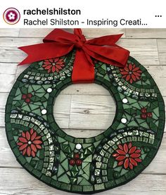 Mosaic Christmas Wreath - As seen on TV! Christmas Mosaics, Christmas Wreaths, Christmas Crafts, Christmas Decorations, Christmas Ornaments, Xmas, Christmas Tree, Mosaic Tray, Mosaic Wall Art