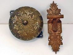 ANTIQUE ORNATE MECHANICAL DOORBELL & VICTORIAN PULL