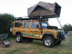 Land Rover Defender 110 Td5 Sw adventure Camel.