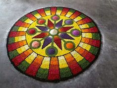 Rangoli Designs Flower, Rangoli Ideas, Flower Rangoli, Onam Pookalam Design, Rangoli Colours, Diwali, Canvas, Drawings, Floral
