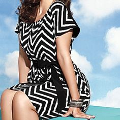 """Amazing chevron striped dress from Lane Bryant Beautiful fit and flare dress from Lane Bryant. Compliments all of your curves and shows off enough skin to be sexy with an opening at the shoulder blades. So comfortable and easy to wear. Hits right above knee on 5'8"""" frame. 100% polyester Lane Bryant Dresses Midi"""