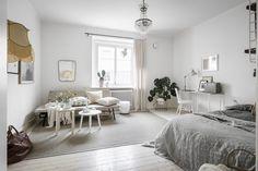 Light-filled studio apartment