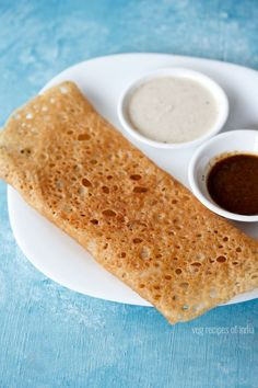 atta dosa recipe - instant crisp dosa made with whole wheat flour, onion, spices-herbs.  #dosa #wholewheat