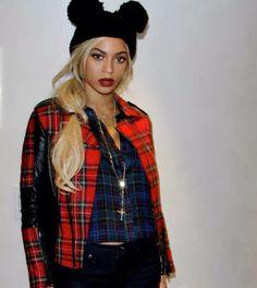 Same hat/ Beyoncé