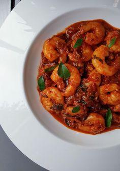 Prawn Masala, Masala Sauce, Indian Food Recipes, Indian Foods, Ethnic Recipes, Vegetarian Recipes, Cooking Recipes, Gluten Free Chilli, Small Tomatoes
