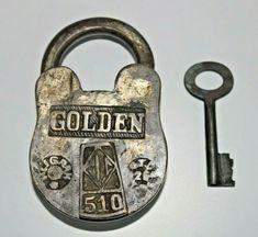 Antique Shelves, Knobs And Knockers, Padlocks, Vintage Keys, Porn, Shelf, Objects, Hardware, Brass