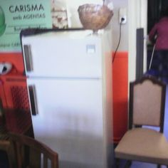 nevera-cuina-59x54x135 90€