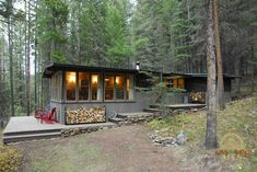 Big Sky Cabin | Small House Swoon A restored 1950′s, 704 square feet cabin in Big Sky, Montana. More info. here.