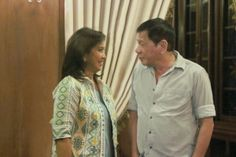 President Duterte and VP Robredo exchanging some sincere gazes at Malacañang Palace during her courtesy visit. Vice President, 2016 President, Presidents, Believe, Men Casual, Palace, Mens Tops, Warm, Palaces