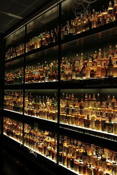 Check out Gentleman's Cabinet and their Whisky and Cigar Master Classes all around Australia www.gentlemanscabinet.com.au