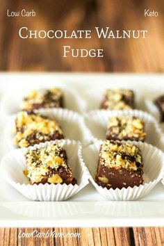 Nut lovers will enjoy this delicious sugar free low carb chocolate walnut fudge. It has the consistency of real fudge and is loaded with chopped nuts. Low Carb Deserts, Low Carb Sweets, Walnut Fudge Recipe, Low Carb Candy, Keto Candy, Keto Fudge, Keto Bars, Sugar Free Sweets, Low Carb Chocolate