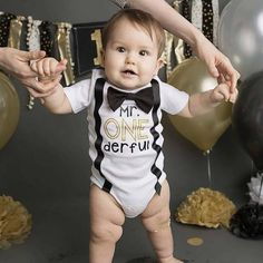 ONEderful - Mr ONEderful shirt - ONEderful outfit - ONEderful first birthday theme - black and gold ONEderful theme by Swindazzle on Etsy Boys First Birthday Party Ideas, Birthday Themes For Boys, Baby Boy 1st Birthday, Golden Birthday, Boy Birthday Parties, Cake Birthday, Birthday Photos, Personalised 1st Birthday Gifts, Little Man