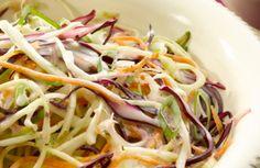 Koolsalade met wortel en lente-ui
