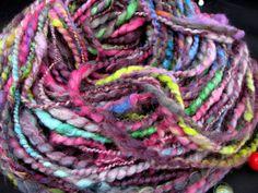 Handspun yarn,bulky art yarn,thick and thin,handspun wool