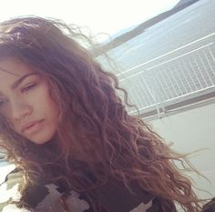 Pin: @jmay_city  Zendaya Coleman is so Gorgeous ! ✨