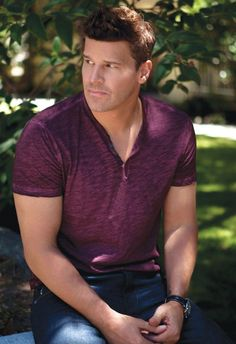 David Boreanaz is DA MAN | Tom & Lorenzo
