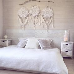 Product Info: Sample style, when you purchase this item you are getting a 100 handmade custom Wall Mural where each doily is unique. Dream Catcher Art, Feather Dream Catcher, Bare Wall Ideas, Room Ideas Bedroom, Bedroom Decor, Custom Wall Murals, Dream Wall, Wall Crosses, Bed Pillows