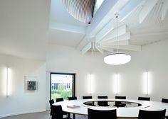 Golden aluminium clads Vives University College by AVDK