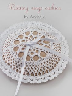 Wedding rings cushion pattern by Anabelia Handmade - Wedding Earth Crochet Circles, Crochet Mandala, Crochet Motif, Crochet Doilies, Crochet Patterns, Doilies Crafts, Wedding Ring Cushion, Wedding Pillows, Cushion Ring