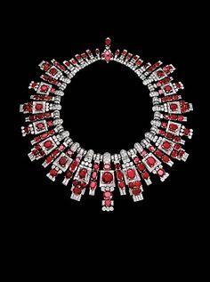 NECKLACE – platinum, yellow gold, 118 rubies totaling 210 carats, baguette-cut diamonds, brilliants. Cartier London 1937, for Maharajah Digvijaysinhji of Nawanagar.