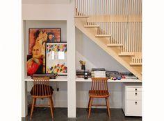 Bureau sous escalier