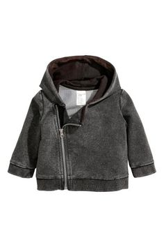 CONSCIOUS. Jacket in sweatshirt fabric made from soft organic cotton with a hood, diagonal zip and ribbing at the cuffs and hem.