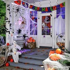 Not-So-Scary Kids Halloween Party Ideas - Party City Outdoor Halloween Parties, Halloween Porch, Holidays Halloween, Scary Halloween, Happy Halloween, Halloween Door Decorations, Spooky Decor, Diy Halloween Decorations, Fall Party Themes