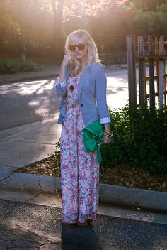 Floral maxi dress, grey blazer, green purse - check check check!  Now I just need those fabulous Noir knockoff bracelets!