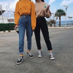 clothes i wish i could wear Grunge Look, 90s Grunge, Soft Grunge, Grunge Jeans, Tomboy Outfits, Teen Fashion Outfits, Casual Fall Outfits, Grunge Outfits, Jean Outfits