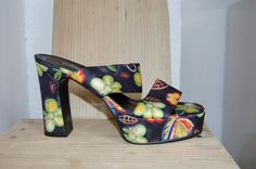 1970s Style Floral Platforms. Euro 36/ UK 3.5/ by BAKERSVINTAGE, $38.00