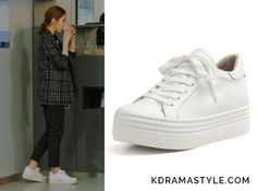 "Yoon So Ah's White Platform Sneakers - Rachel Cox Leah R1495 Sneakers. Shin Se Kyung 신세경 as Yoon So Ah 소아 in ""Bride of the Water God 2017"" Episode 1."