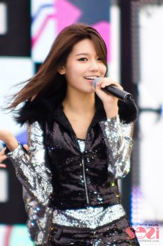 Sooyoung snsd girls generation smtown kpop idol k-pop South Korean Girls, Korean Girl Groups, Yuri, Tiffany, Sooyoung Snsd, Korean Shows, Asian Cute, Korean Entertainment, Korean Artist