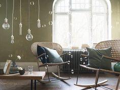 Beautiful design, rocking chair from IKEA. Cheap Furniture, Rustic Furniture, Living Room Furniture, Home Furniture, Ikea 2017 Catalog, Catalogue Ikea, Cheap Home Decor, Diy Home Decor, Ikea Portugal