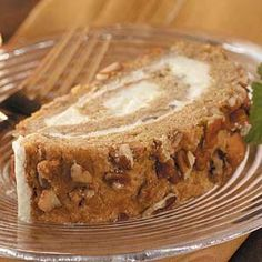 Persimmon Nut Roll Recipe- Recipes For holiday gift-giving, I make a dozen or so of these rolls to share with friends and neighbors. They slice nicely straight from the freezer. Persimmon Bread, Persimmon Cookies, Persimmon Pudding, Persimmon Recipes, Persimmon Cake Recipe, Delicious Desserts, Dessert Recipes, Yummy Food, Yummy Recipes