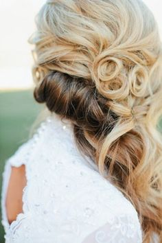 Elegant wedding hairstyle idea; Featured: Sami Jo Photo; Hair & Makeup by Steph