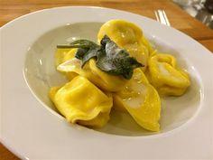 """Tortellini de ricota - """"Aula de culinaria italiana em Bolonha"""" by @@VontadeDeViajar"""
