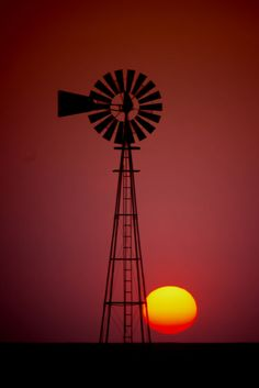 Windmill on 102 Road in Ford County, Kansas