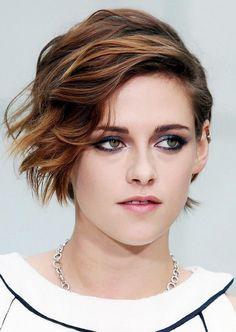 Kristen Stewart, Hair, hairstyle, relooking, blond, coiffure, Pinterest, sexy, beautiful, young, brown, Twilight, Bella, vampire, Robert Pattinson, rebelle, coupe, courte