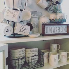 Rae Dunn Display Ideas To Make Beautiful Decor In Your Home 21055 Mug Display, Display Ideas, Display Shelves, Ray Dunn, Posh Boutique, Boutique Ideas, Kitchen Organization, Organization Hacks, Farmhouse Decor