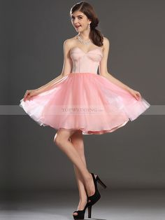 Vestidos de moda cortos globo