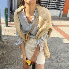 outfits korean fashion spring outfit preppy style white denim mini skirt blue button up shirt cream Adrette Outfits, Preppy Outfits, Fashion Outfits, Womens Fashion, Fashion Tips, Fashion Trends, Fashion Skirts, Preppy Mode, Preppy Style