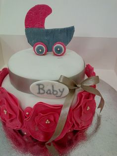 baby shower cradle cake