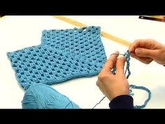 New crochet granny square poncho pattern english Ideas Knitting Patterns Boys, Crochet Poncho Patterns, Crochet Shawl, Crochet Granny, Freeform Crochet, Crochet Toddler Dress, Crochet Baby Clothes, Crochet For Kids, Newborn Crochet