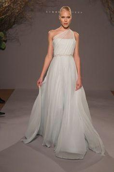love this dress bagdley mischka