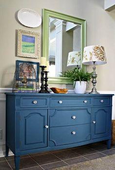 Annie Sloan aubusson blue chalk paint dresser- love this blue color - Home Decor Ideas Refurbished Furniture, Repurposed Furniture, Blue Painted Furniture, Navy Blue Furniture, Painted Buffet, Painted Dressers, Distressed Furniture, Furniture Projects, Diy Furniture