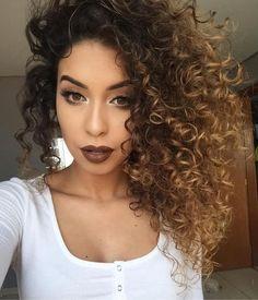 Los cortes de cabello rizado son tendencia en el 2017,su naturaleza es 100% vistosa y juguetona,pues los rizos abarcan una gran dosis d...