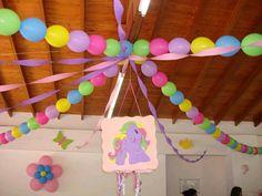 más y más manualidades: Usa globos de doble punta para crear hermosas decoraciones de fiesta