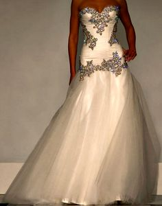 Perfect Wedding Dress. <3