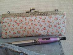 Pochette Ecigarettes vapoteuse - Maquillage - stylos - coton liberty : Trousses par dentelles-et-fanfreluche